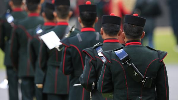 Soldier victims of 'forex fraud' sought